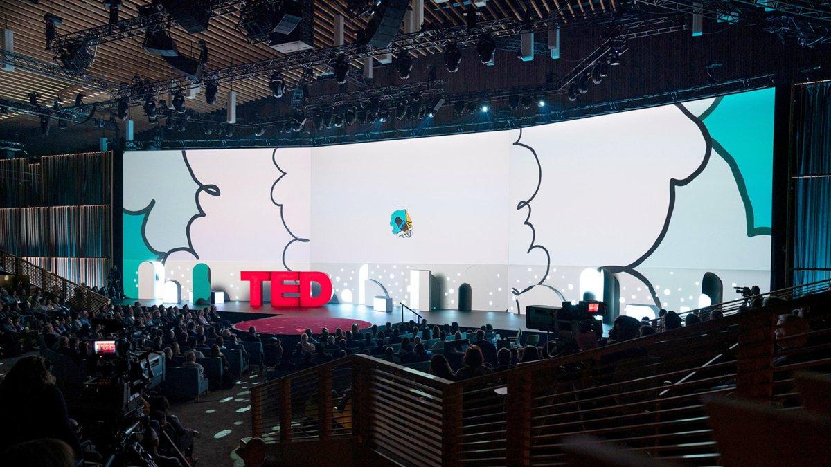 Instalación equipos sonido profesional de Meyer Sound, en TED