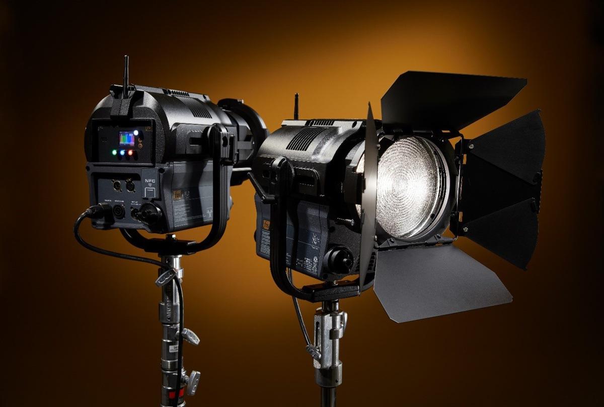 foco Fresnel de la familia de Fos4 para televisión de ETC