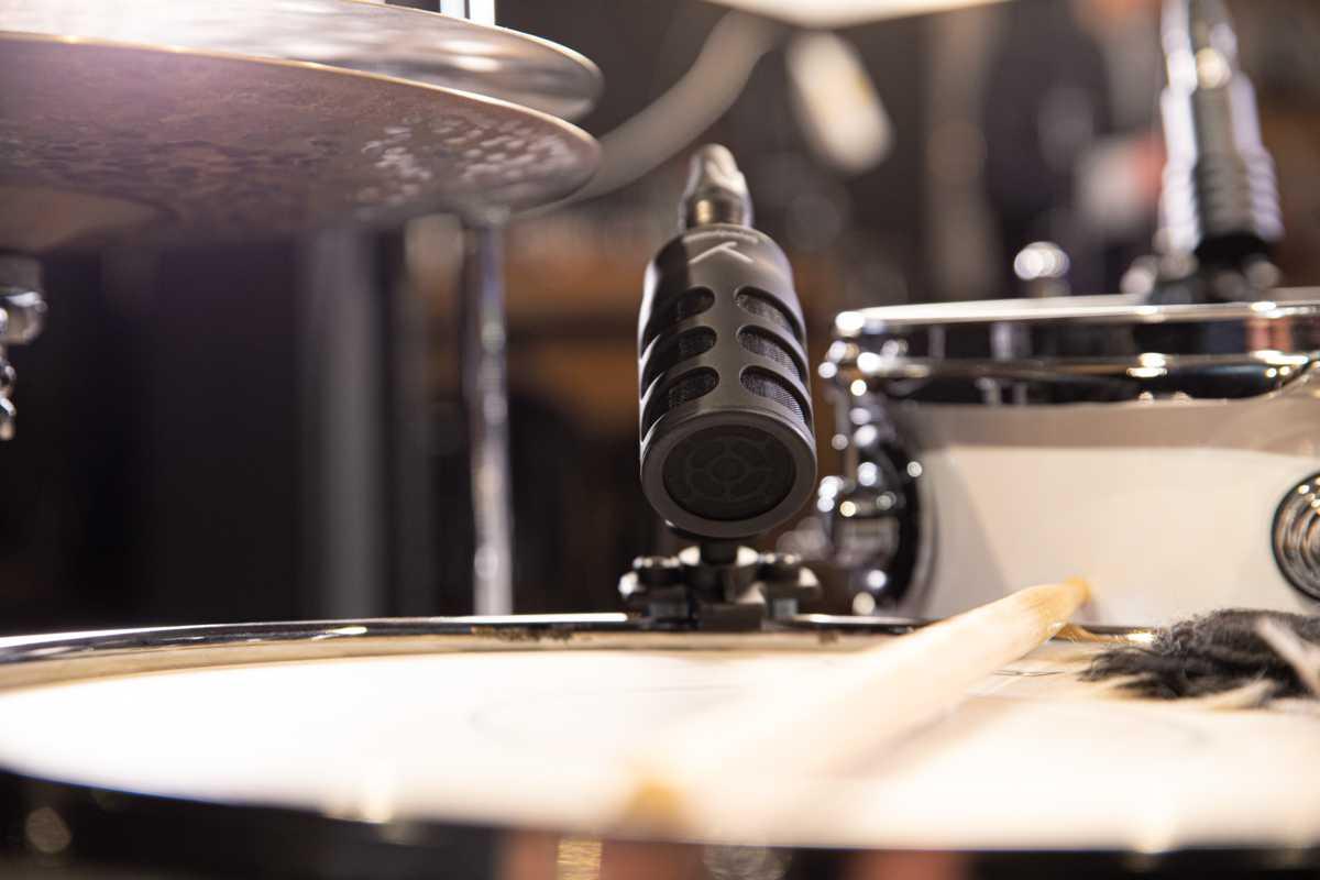 Micrófono de batería y micrófono para instrumentos de beyerdynamic