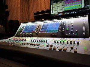 instalación de un sistema de mezcla digital dLive y SQ de Allen & Heath
