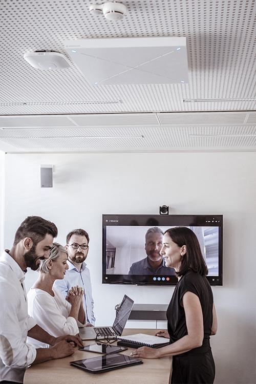 Micrófonos de array de techo para videoconferencias