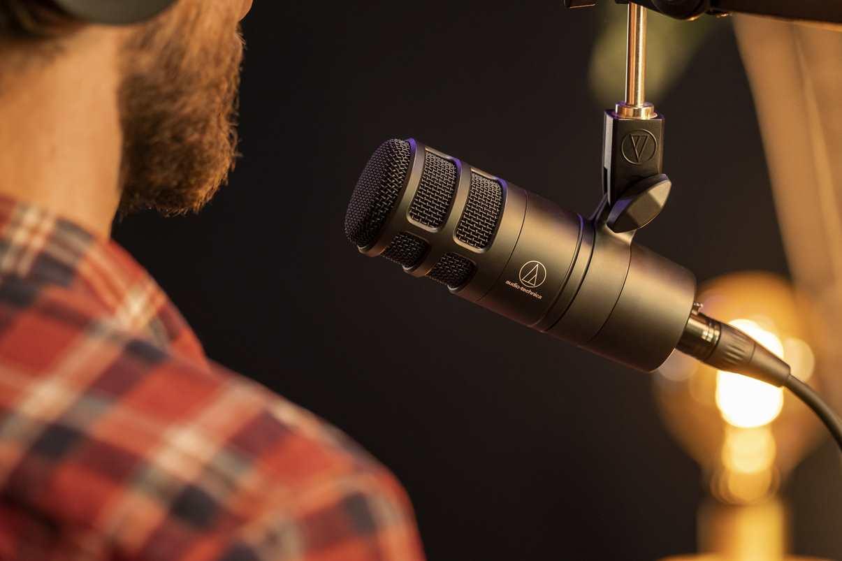 nuevo micrófono dinámico hipercardioide para podcasts y streaming